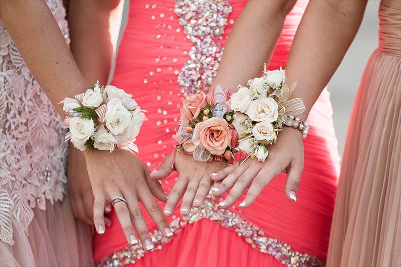 "Prom ""Modesty Plan"" Was Cancelled by Catholic High School Principal"